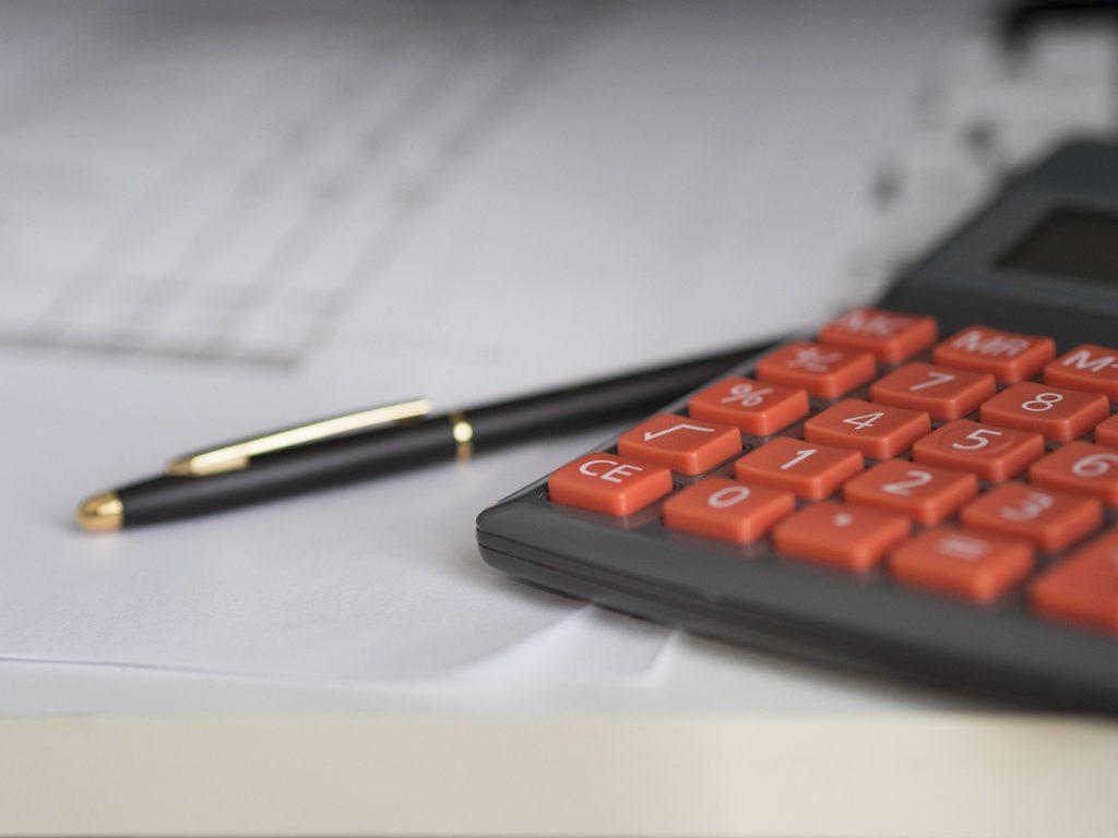 Kalkulator og regnskap